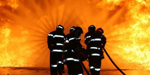 Fire Fighting En-Ru — Английские слова на тему Пожарное дело
