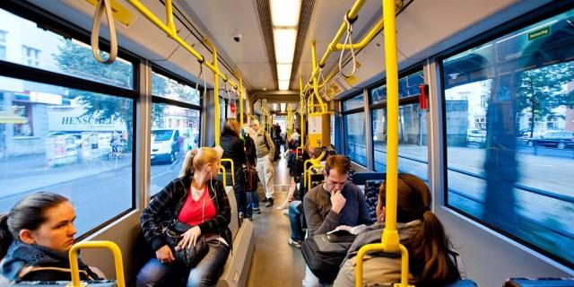 öffentliche Verkehrsmittel DE-RU — немецкие слова на тему Общественный транспорт
