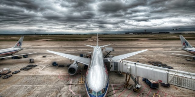 Flughafen und Flugzeug DE-RU — немецкие слова на тему Аэропорт и самолет