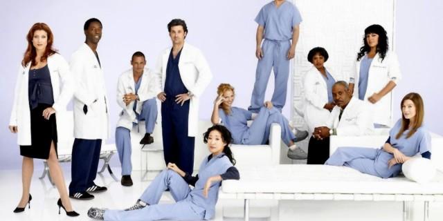 Das Krankenhauspersonal DE-RU — немецкие слова на тему Персонал больницы