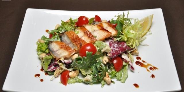 Das Essen im Restaurant DE-RU — немецкие слова на тему Еда в ресторане
